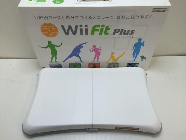 Nintendo Wii Fit PLUS バランスWiiボード三重県伊勢市松阪市津市