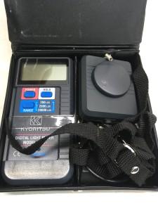 デジタル照度計 MODEL 5202