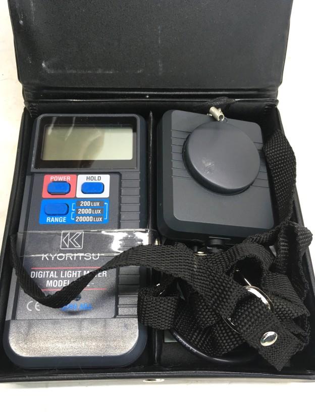 デジタル照度計 MODEL 5202三重県買取強化