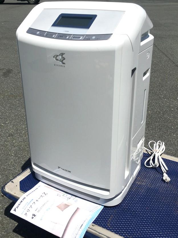 空気清浄機ダイキンクリアフォースZ MCZ70RKS-W松阪伊勢買取